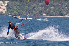 Course & Accomodation: 3 Day  Kite Surf Camp on Lake Garda