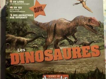 Vente avec paiement en ligne: Les dinosaures de Sciences & Vie, COMPLET