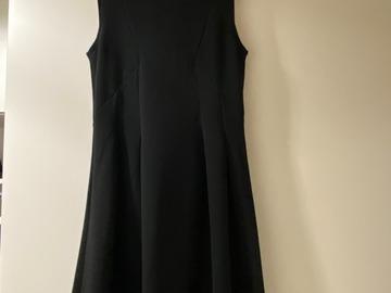 Myydään: Black Dress