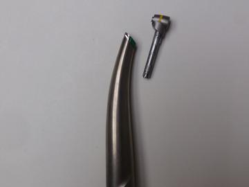 Gebruikte apparatuur: Sirona speciaal hoekstuk voor EVA