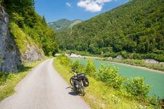 Vermieten Equipment/Ausrüsstung pro Tag: Tourenbike mit extra Gepäcktaschen