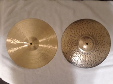 """Selling with online payment: Paiste Signature Traditionals 14"""" Medium-Light Hi Hats"""