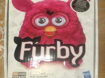 Vente avec paiement en ligne: Furby rose