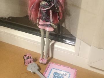 Vente avec paiement en ligne: Monster High- Rochelle Goyle