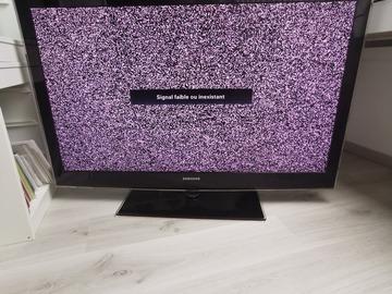 À vendre: Tv samsung 46 pouces led