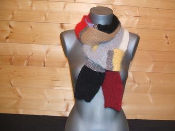 Vente au détail: Echarpe multicolore ANGORA