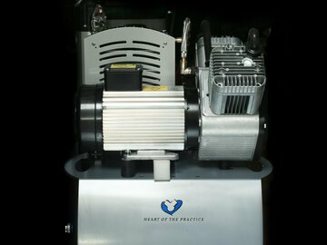 Gebruikte apparatuur: Dürr Duo compressor 220 V met membraamdroger