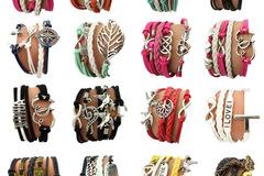 清算批发地: 48 Bracelets