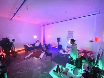 Hourly Spaces: Creative Space