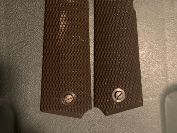 Selling: 1911 grips