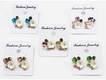 Liquidation/Wholesale Lot: Dozen New Rhinestone Flower Post Earrings MC35152