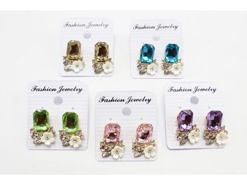 Liquidation/Wholesale Lot: Dozen New Rhinestone Flower Post Earrings MC35156