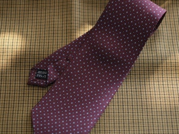 Selling with online payment: Frui Korea Floral Silk Tie BRAND NEW