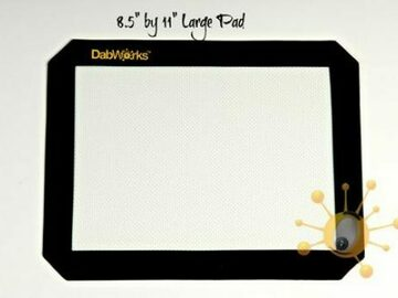 Post Now: DabWorks 8.5″ x 11″ Silicon Dab Pad / Mat