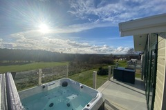 Online Bookings: Hot Tub Luxury Lodge Amazing View & Free Golf