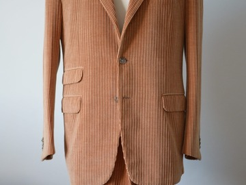 Selling with online payment: CORNELIANI corduroy suit