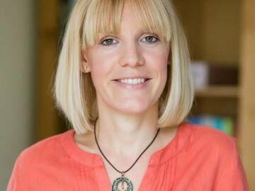 Practitioner: Claire Murray