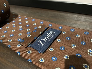 Selling with online payment: Drake's handmade unlined tie