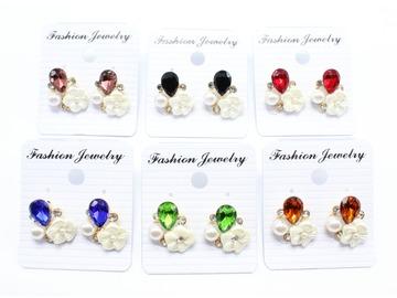 Liquidation/Wholesale Lot: Dozen New Rhinestone Star Teardrop Post Earrings MC34659