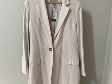 Selling without online payment: H&M Conscious coat
