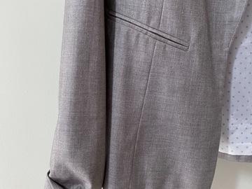 Selling without online payment: Dorothy Perkins grey blazer