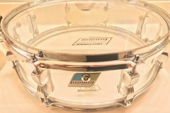 """Selling with online payment: Ludwig-Vistalite 15"""" x 4"""" Clear Acrylic Snare Drum"""