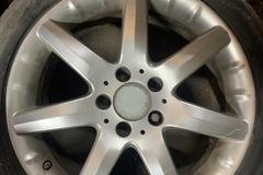 Selling: Mercedes C230 wheels