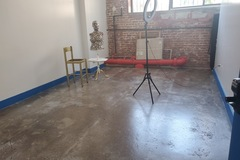 Monthly Rental: Beautiful Sunny Studio in secure artistic building