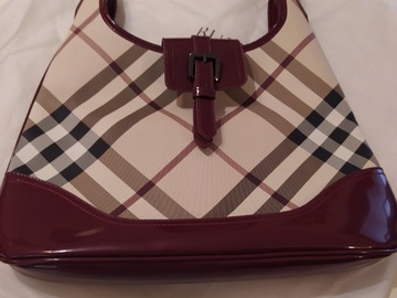 Selling without online payment: Smart handbag
