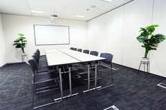Meeting Room - bookable per hour: 12 Person Training Room in Sydney CBD