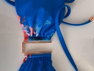 Selling with online payment: Bikini Top