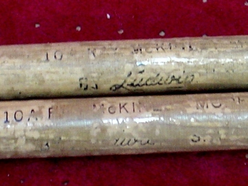 Selling with online payment: 1950-60s LUDWIG Ray McKinley Model 10A Drumsticks