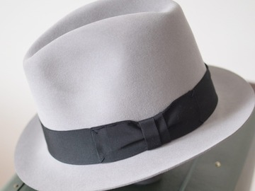 Selling with online payment: BERLUTI fedora hat