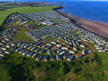 Online & Offline Bookings: Three bed caravan hire