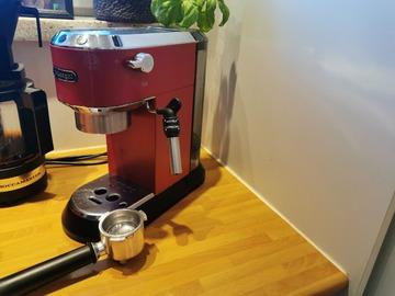Selling: De Longhi Dedica coffee machine EC685