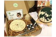 : DIY 'HOME KONG' clock craft kit