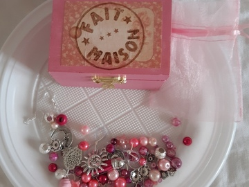 Sale retail: Coffret diy bijoux rose