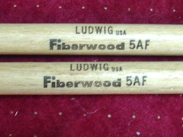 """Selling with online payment: Pair of """"EXTREMELY RARE ???"""" Ludwig Fiberwood model 5AF drum stix"""