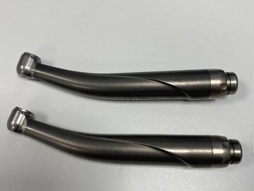 Gebruikte apparatuur: 2 stuks BA International (HENRY SCHEIN) airotoren