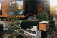 Hourly Rental: Mid Century Modern home