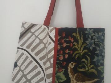 """Vente au détail: Grand sac cabas """"La Buse"""", canevas ancien et coton imprimé"""