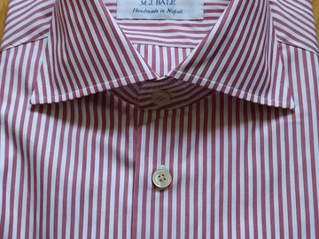 Online payment: BNWT Avino shirt size 16 red