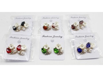 Liquidation/Wholesale Lot: Dozen New Rhinestone Flower Post Earrings MC34291-12