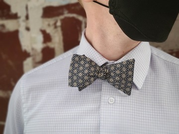 : Handmade bow tie - Dark blue, Japanese hexagonal design