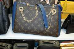 Liquidation/Wholesale Lot: Top Quality Bags - Selling Wholesale