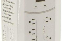 Liquidation/Wholesale Lot: 1 Lot Of 3  MaxLite 8 Outlet Energy Saving Surge Power Strip