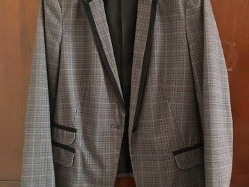 Selling with online payment: Grey blazer
