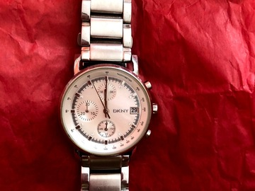 Selling with online payment: DKNY silver watch