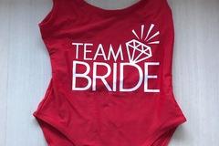 Ilmoitus: Punainen Team Bride -body S