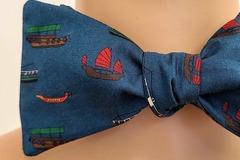: Handmade bow tie - Hong Kong boats on blue